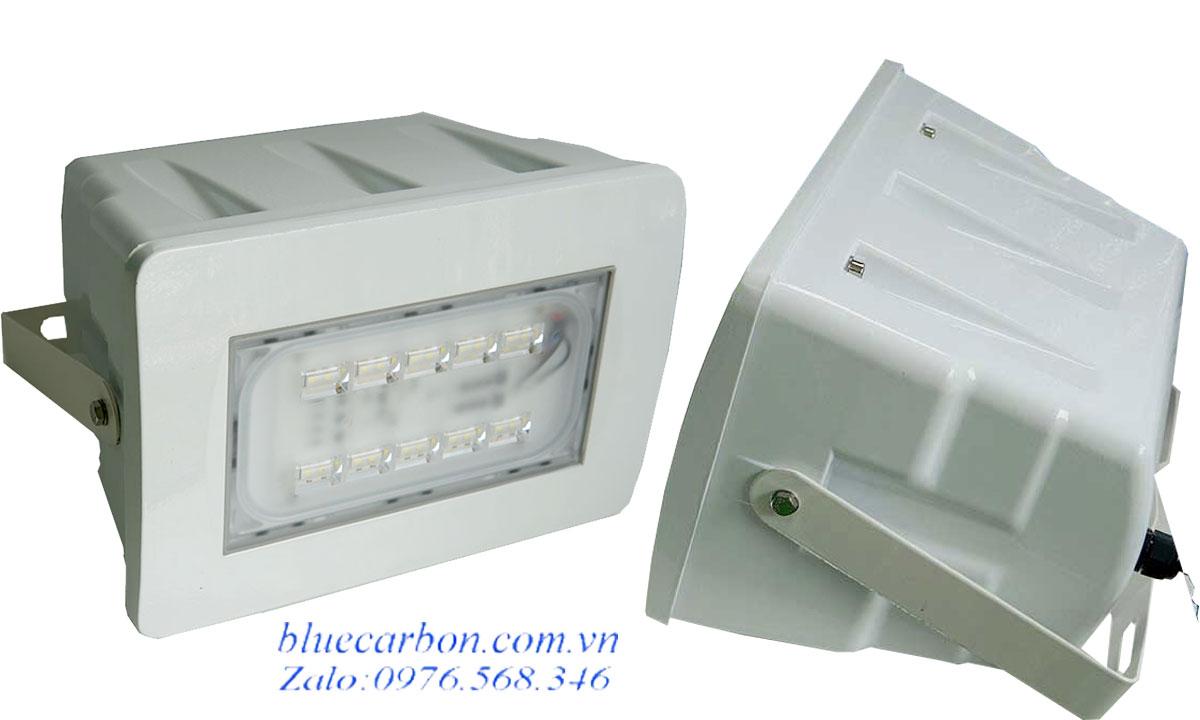 Đèn pha Blue Carbon BCT-FL120W năng lượng mặt trời