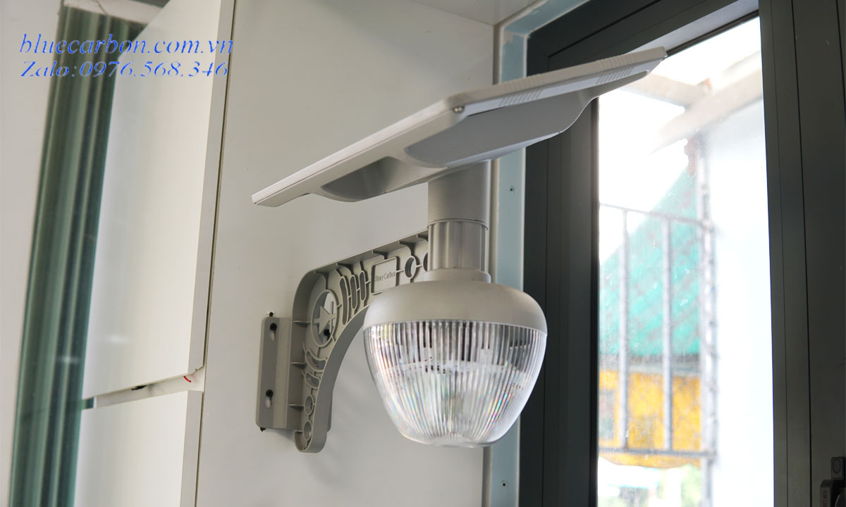 Đèn Blue Carbon BCT-OLG1.0-18W gắn vách, trụ cổng